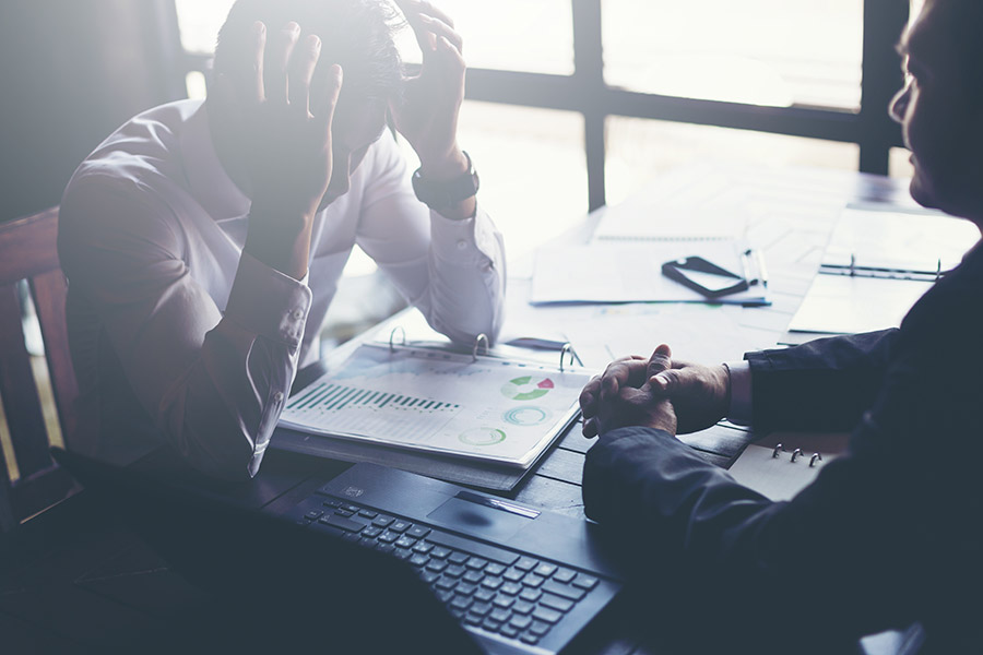 5 indicators to identify a company in financial distress and how to spot them